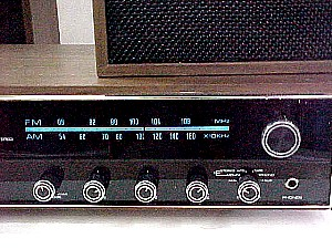 Four Star Fs 2200 Am Fm Fm Stereo 8 Track Player With A