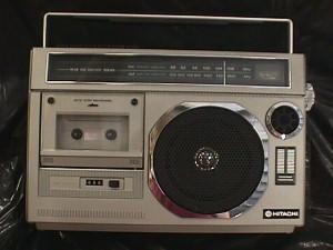 Hitachi Trk 5330 2 Way Speaker Portable Am Fm Radio