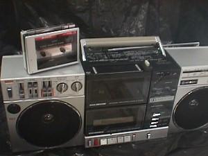 Hitachi Trk W1h Portable 3 Band Stereo Cassette Recorder