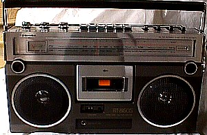 Toshiba Rt 8150s Stereo Portable Am Fm Radio Cassette